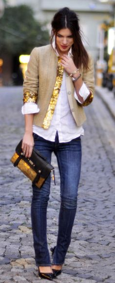 Button up : white button up, straight leg jeans, and some sparkle