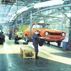 #ThrowBackThursday - In June 1974, six years into the car's UK introduction, Ford announced the completion of the two millionth Ford Escort.