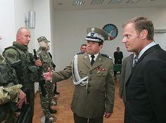 sowa  31 grudnia 2012 w czapce polowej, czy w galowej ten żyd Janicki? Bo nie idzie się połapać..obecnie robi z ks. Sową za Radę Nadzorczą państwowej spółki i wie, że Szydło obu ich odwoła http://www.tvn24.pl/wiadomosci-z-kraju,3/byly-szef-bor-o-peknietej-oponie-w-limuzynie-prezydenta-andrzeja-dudy,624823.html były kierowca Kubiaka, szef BOR wypowiada się, jak nietypowa opona, nie jak generał,szurki Wyszkowski bierz go! Za BND i Stasi, bierz Tuska https://www.facebook.com/komisjabezstronna/