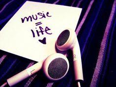É ou não é? ;)  WE <3 MUSIC!