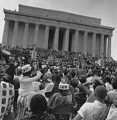 #MLKDay Hear how singer #MahaliaJackson Influenced the #MLK #IHaveADream speech
