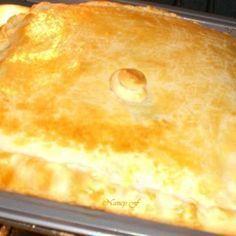 Receita de Empadão Massa de Iogurte e Recheio de Palmito - 500 gr de farinha de trigo, 250 gr de manteiga gelada e bem picada, 1 colher (chá) cheia de sal,...