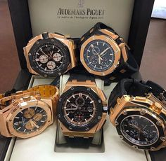 patek philippe iced out Audemars Piguet Gold, Audemars Piguet Diver, Audemars Piguet Watches, Top Watches For Men, Luxury Watches For Men, Patek Philippe, Mens Designer Watches, Omega, Beautiful Watches