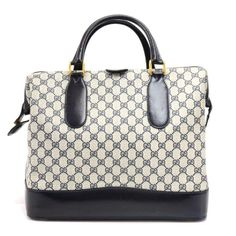 8faac01999ef Buy your cloth travel bag Gucci on Vestiaire Collective