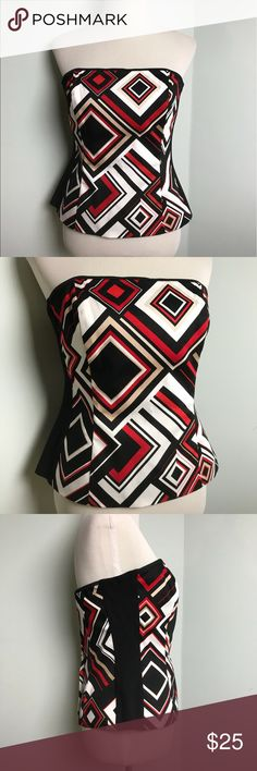 White House Black Market Coset Top. Size 10 WHBM White House Black Market Coset Top. Stretchy side panels for a comfort fit. Fully Lined. Back zipper. Gently used. Size 10 White House Black Market Tops