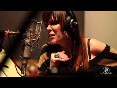 Beth Hart and Joe Bonamassa- Ain't No Way - YouTube