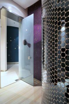 Fluid design of a spa in Chengdu, China