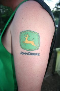 john deere tattoo hunting pinterest john deere and tattoos and body art. Black Bedroom Furniture Sets. Home Design Ideas