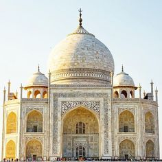 Details on the Taj Mahal