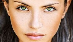 Green Freshlook Color Contact Lenses | Shop Online Canada - Canadian Online Shopping Hub!