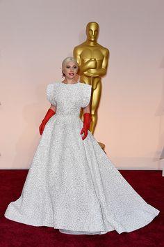 Oscars 2015 - Lady Gaga Red Carpet