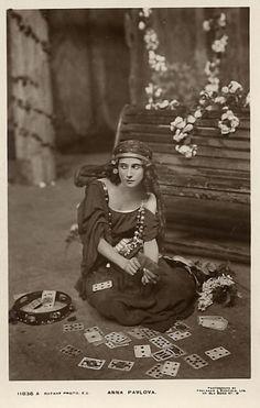 Anna Pavlova as a gypsy
