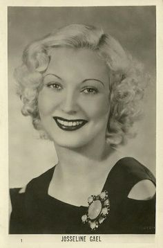 Late 1930s actress Josseline Gael http://www.flickr.com/photos/truusbobjantoo/7320365378/in/photostream