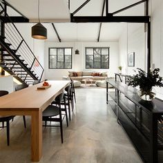 we LOVE the regent street warehouse by @technearchitects #moderndiningtable #oakchairs #plinthsofa photo by @benhosking1984 by mark_tuckey