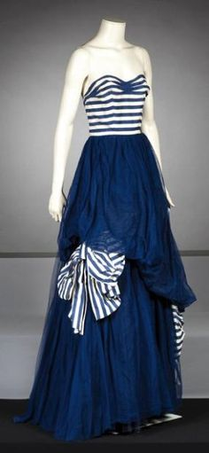 Paquin  Haute couture No. 207 circa 1947 evening dress