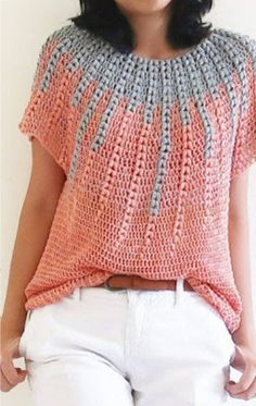 Crochet Sweater Pattern the perfect piece for the cold fall / winter days that everyone should have in their wardrobe T-shirt Au Crochet, Pull Crochet, Mode Crochet, Quick Crochet, Crochet Cardigan Pattern, Crochet Shirt, Crochet Jacket, Crochet Woman, Crochet Vests