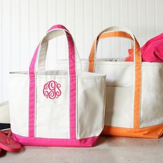 We love these monogrammed canvas tote bags. Not only are they durable, but they also make a wonderful personalized gift for teachers, your Monogrammed Purses, Monogram Tote Bags, Monogram Gifts, Monogram Canvas, Canvas Tote Bags, Personalized Backpack, Pencil Bags, Medium Tote, No Name