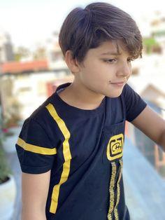 fashion for boys# Handsome indian boys Young Cute Boys, Cute Kids, Handsome Kids, Indian Boy, Gymnastics Girls, Child Actors, Sensual, Boy Fashion, Kids Boys