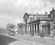 Harcourt street dublin (old railway station) 1900 Old Pictures, Old Photos, Vintage Photos, Images Of Ireland, Buses And Trains, Photo Engraving, Dublin City, Irish Celtic, History Photos
