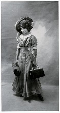 """Pauline Polaire """"Polaire, or Émilie Marie Bouchaud! A French actress, she had a 14"""" waist, first bobbed her hair in the 1890s, and had a nose piercing."""" Whoa. See: http://fuckyeahhistorycrushes.tumblr.com/post/11176027123/polaire-or-emilie-marie-bouchaud-a-french#notes"""