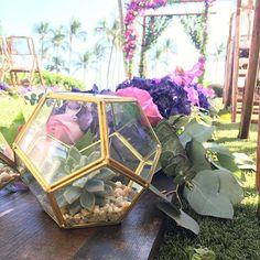 details details details... our favorite part  .  .  #hyattmauiwedding #happilyhyattmauid #countrybouquetsmaui #mauiwedding #hawaiianstyleeventrentals #weddingsinahyattworld