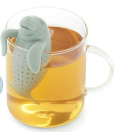 Everybody's favourite Floridian manatee wants to brew you a perfect cup of tea. Our Manatee Tea Infuser loves relaxing in your mug while it brews your tea! Cool Kitchen Gadgets, Cool Gadgets, Cool Kitchens, Cheap Gadgets, Amazon Gadgets, Spy Gadgets, Kitchen Pantry, Kitchen Tile, Ikea Kitchen