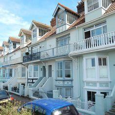 Victorian seaside #housegoals no question. Beach mosaics gable bedroom windows and the ocean to gaze over no matter the weather. Yes please! . . . #Whitstable #IceCream #seaside #blueskies #chasing_facades #thisiskent #SoVeryBritish #photosofbritain #moodofmytable #beach #summer #sunshine #coast #mytinyatlas #thehappynow #flashesofdelight #England #Kent #wanderlust #passionpassport #cntraveler #lovegreatbritain #LoveTheWorld #BBCBritain #latergram #iamatravelette #mytravelgram