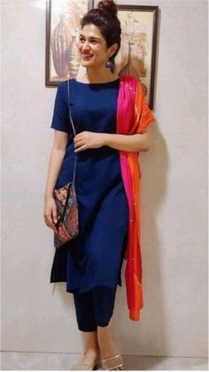Silk Kurti Designs, Simple Kurta Designs, Kurta Designs Women, Kurti Designs Party Wear, Latest Kurta Designs, Fancy Dress Design, Stylish Dress Designs, Designs For Dresses, Stylish Dresses