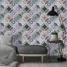 Πολύχρωμη λουλουδένια ταπετσαρία τοίχου για Μαροκινή διακόσμηση! #bohowallpaper #bohochic #walldecoration #floralwallpaper #floral