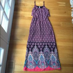 NWT Maxi Dress Sz M Brand new never worn super cute maxi dress with flounce top and adjustable straps. Make an offer! Xhilaration Dresses Maxi