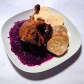 Pečená kachna s červeným zelím a knedlí Pancakes, Breakfast, Food, Morning Coffee, Pancake, Meals, Yemek, Eten, Crepes