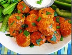 buffalo chicken meatballs, nom nom nom!!!