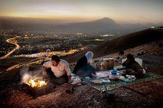 Kurdistan, family evening picnic in Sulaymaniyah Advanced Photography, Portrait Photography Tips, Professional Photography, Photography Tutorials, Kurdistan, Bergen, Geo Magazin, The Kurds, Iran Travel