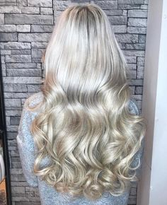 22 inch clip in Barley Blonde hair extensions Beauty Works Hair Extensions f43fa0e86