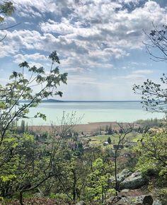 """BalatonFelvidek.hu on Instagram: """"📍Ábrahámhegy Bagolyszikla.  Ábrahámhegy nyugati határánál található a Bagolykő-Róka-szikla, melyet a szél és a csapadék preparált impozáns…"""" River, Outdoor, Instagram, Outdoors, Outdoor Games, The Great Outdoors, Rivers"""