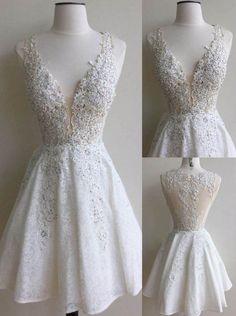 Elegant White Homecoming Dresses Lace Beading V-Neck A-line Short Prom Dresses