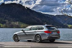 The sporty driving characteristics of the new BMW 5 Series Touring are the product of new chassis technology and a commitment to reducing weight. New Bmw 5 Series, Bmw Touring, Shooting Brake, Top Gear, Car In The World, Station Wagon, Concept Cars, Cars And Motorcycles, Exterior Design