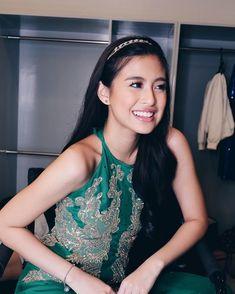 Filipina Actress, Filipina Beauty, Gabi Garcia, Best Actress, Bohemian Style, Maybelline Lipstick, Actresses, Actors, Formal Dresses