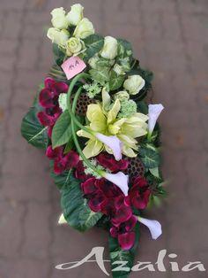 Casket Sprays, Funeral Flowers, Ikebana, Flower Decorations, Fabric Flowers, Cemetery, Flower Arrangements, Floral Wreath, November