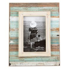 Coastal Chic Driftwood Standing Frame Medium