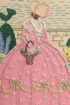 embroidered crinoline lady. Her bonnet reminds me of Texie and her bonnets when I was little. Cute idea for quilt.