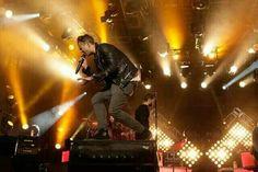 He's golden... Ryan Tedder OneRepublic