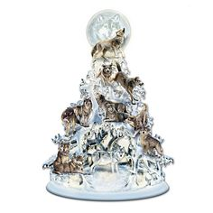 Al Agnew The Legend Of The White Wolf Illuminated Tree - Shop The Bradford Exchange Online For The Legend Of The White Wolf Tabletop Tree They Are Social Creatures They Travel And Hunt In Packs And Are Very Protective Of Each Other Celebrate The Wild U Wolf Sculpture, Animal Sculptures, Tabletop Christmas Tree, Christmas Trees, Christmas Decor, Christmas 2014, White Christmas, Christmas Gifts, Christmas Ornaments