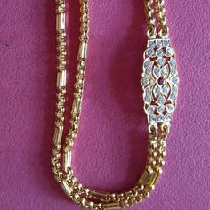 Gold Mangalsutra Designs, Gold Earrings Designs, Gold Chain Design, Gold Jewellery Design, Gold Jhumka Earrings, Golden Jewelry, Awesome, Jewerly