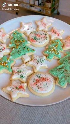 Best Christmas Sugar Cookie Recipe, Sugar Cookie Recipe Easy, Easy Cookie Recipes, Christmas Snacks, Christmas Cooking, Christmas Cakes, Fun Baking Recipes, Christmas Aesthetic, Food Ideas