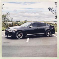 Kia Stinger, Hyundai Genesis, Hot Cars, Home Crafts, Luxury Cars, Dream Cars, Bmw, Poses, Motors