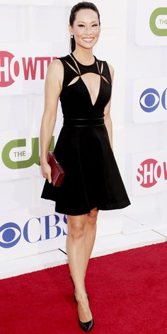 Liu hit the CBS, Showtime and The CW bash in a cutout J. Mendel cocktail dress that she accessorized with a red box clutch and pointy-toe Casadei wedges.