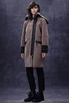 See the complete Belstaff Fall 2014 Ready-to-Wear collection.