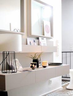 la libreria dell 39 area living pensata per volumi una sequenza di pieni e vuoti funzionali da. Black Bedroom Furniture Sets. Home Design Ideas