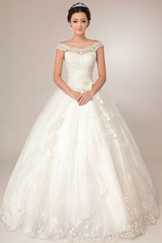 New arrival ball gown wedding dress, customized just for you! 4 colors of your choice for less than $300